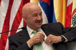 Carlos Salinas de Gortari ha llevado al extremo el síndrome de Antonio López de Santa Ana